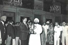 President Gaini Zail Singh receiving the Indian Cricket Team after the World Cup Victory