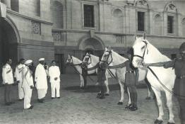 The Maharaja of Baroda presenting four white horses from his stables to the President at Rashtrapati Bhavan
