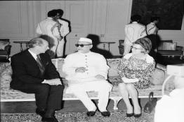 President Dr. Zakir Husain meeting with the Prime Minister of Ireland, at Rashtrapati Bhavan.