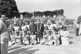 President Dr. Zakir Husain with the Folk Dancers, participants of Republic Parade, at Rashtrapati Bhavan.