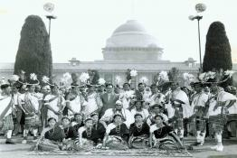 President Dr. Rajendra Prasad with the state groups participating in the Folk Dance Festival at Rashtrapati Bhavan