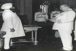 President Giani Zail Singh accepting Credentials from the Ambassador (USSR)