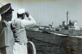 President Dr. Rajendra Prasad taking Salute from I.N.S. Delhi
